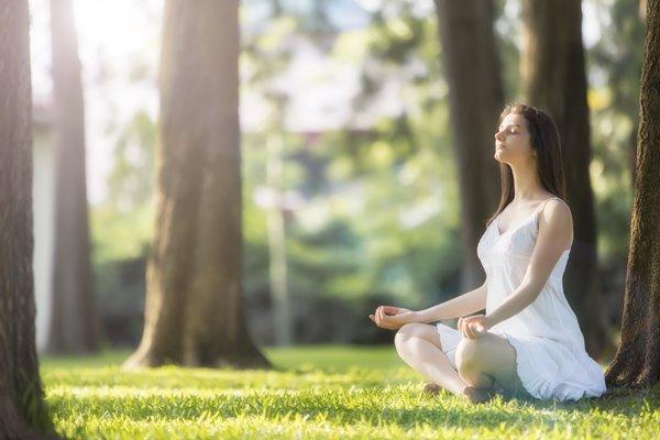 A meditação é uma prática milenar que estabelece o equilíbrio entre corpo, mente e espírito. (Foto: Divulgação)